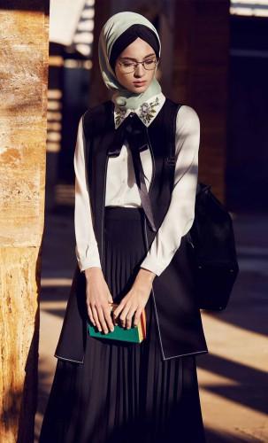 TUĞBA & Venn: Tesettür Giyimin Özel Tasarımları