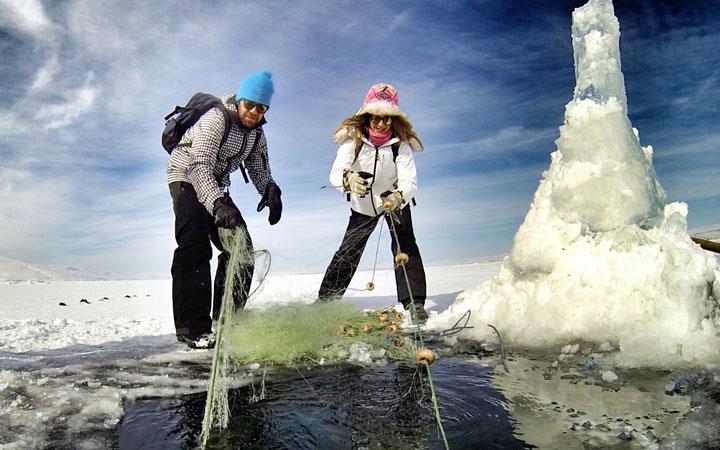 çılgır-gölü-buz-balıkçılık-kars-ardahan-1