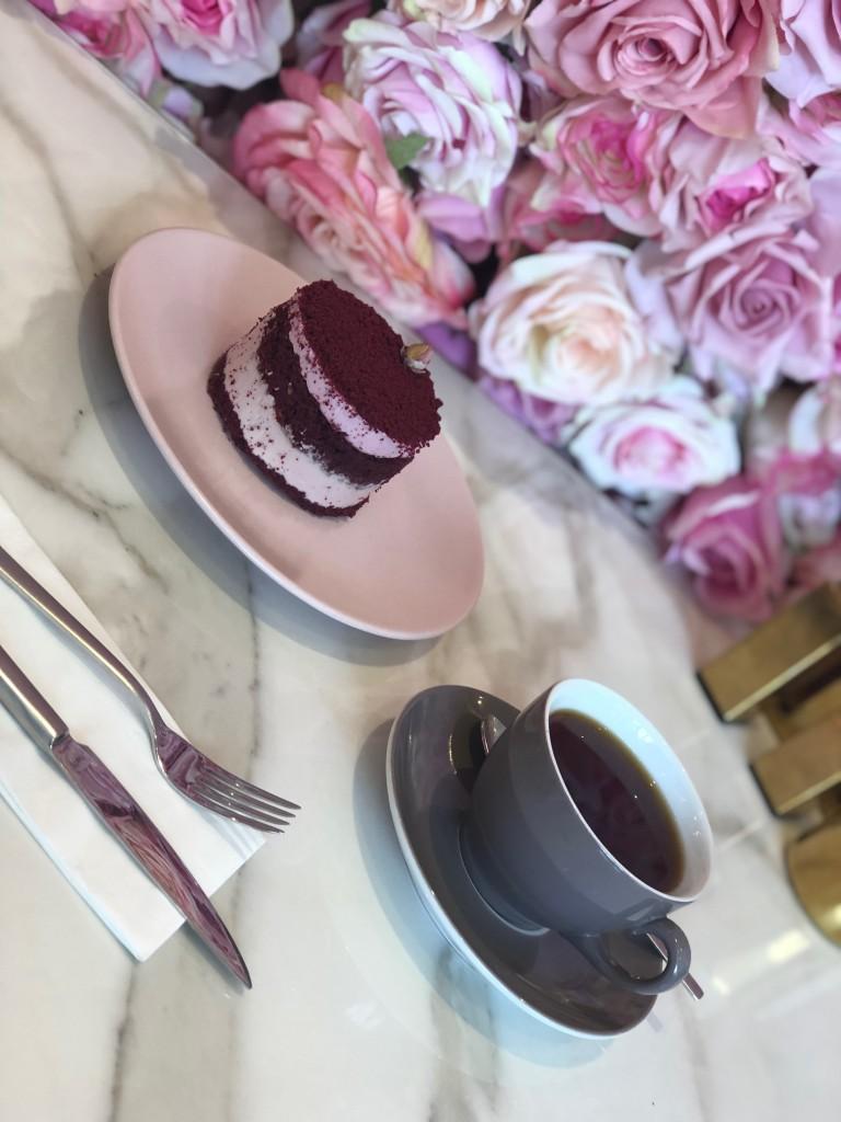 Emilia Cafe Pastası
